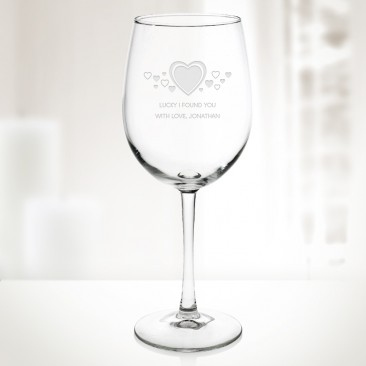 Pre-Designed Heart flutter Cachet Wine Glass, 16oz