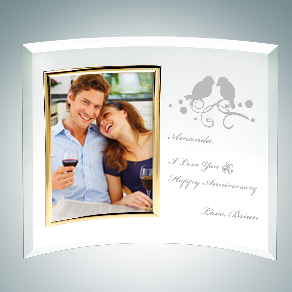 Curved Vertical Gold Photo Frame 6 x 4