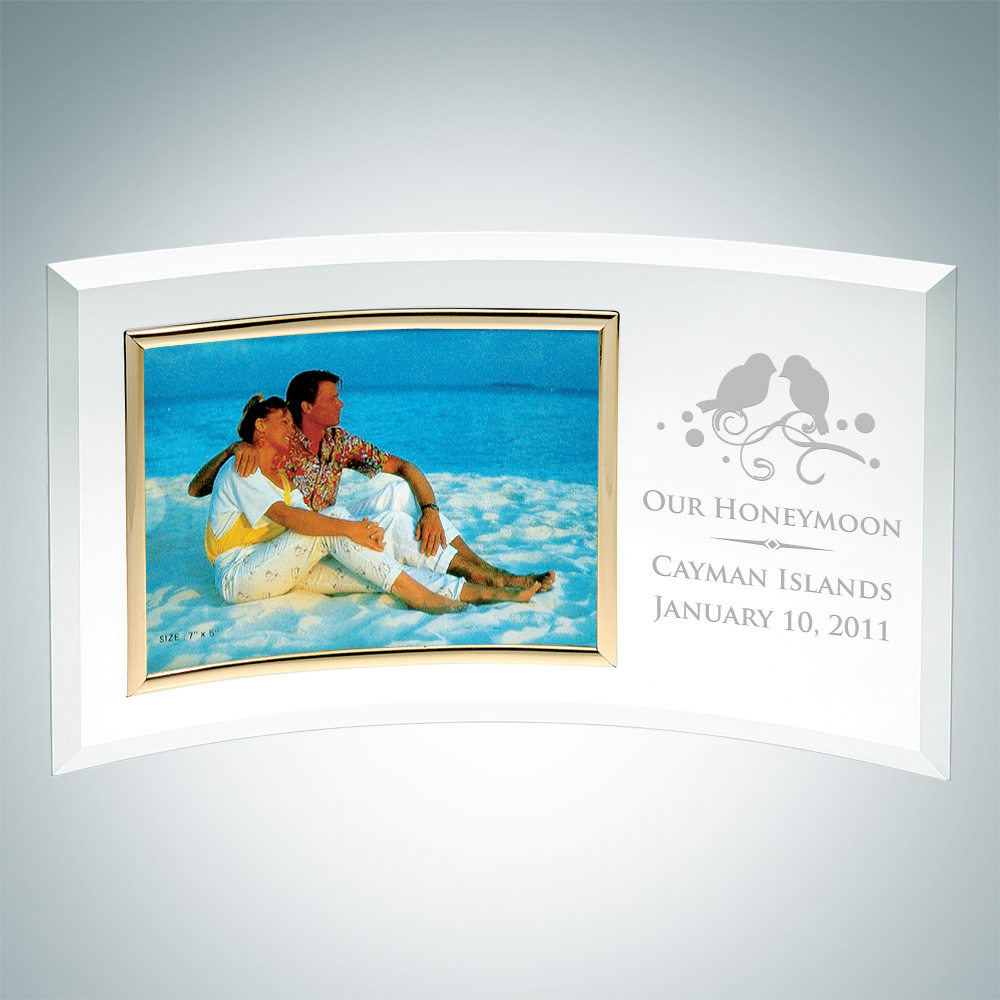 Curved Horizontal Gold Photo Frame 4 x 6