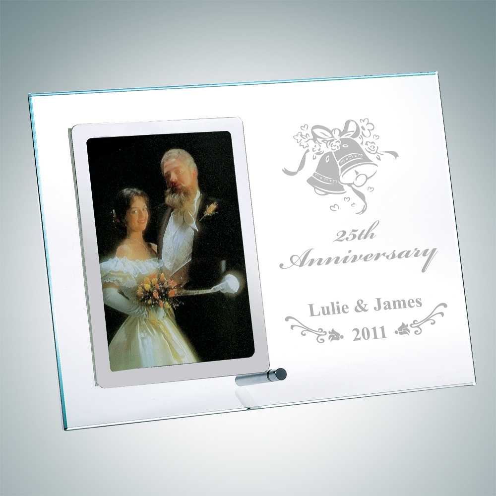 Vertical Stainless Photo Frame 5 x 3.5 with Silver Pole